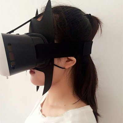 Jackie Hygiene Mask with VR Headset on top.